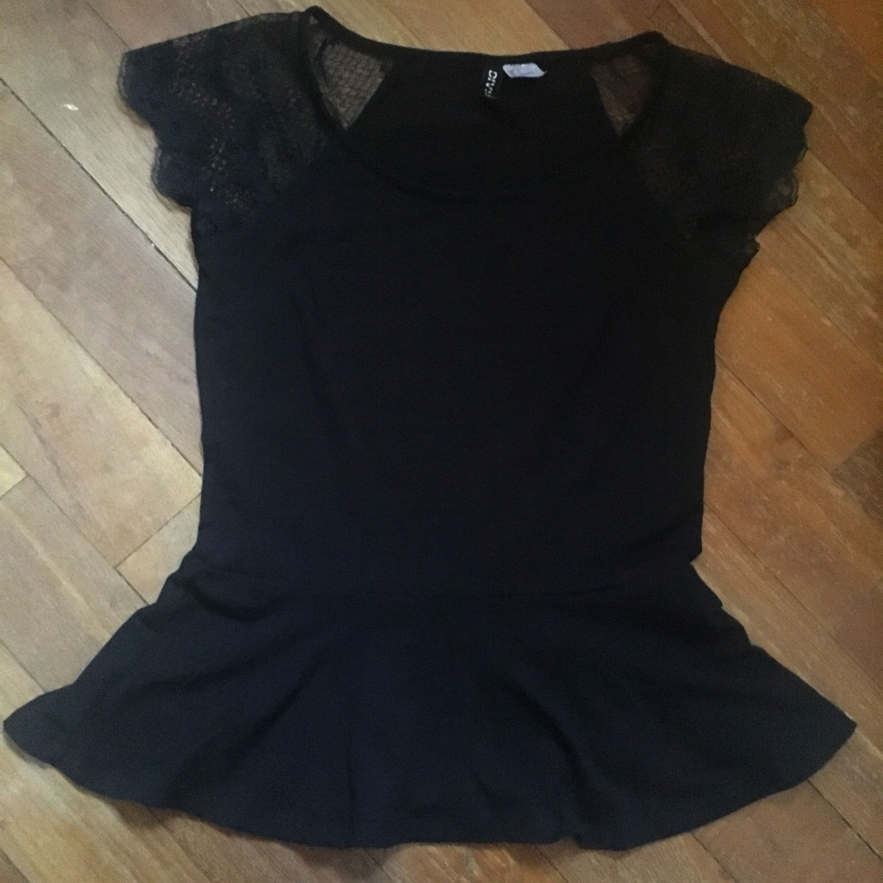 508f8807dfbee1 H&M Black Lace Sleeve Peplum Top, Women's Fashion, Clothes, Tops on ...