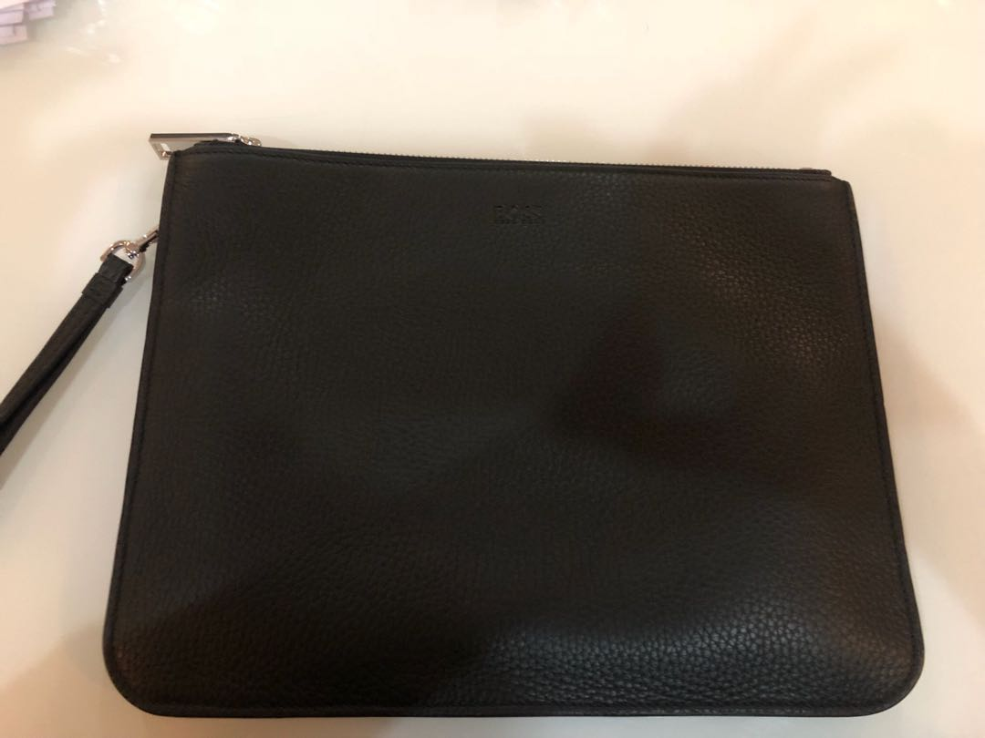 db5fa2e1534 Hugo Boss Clutch, Men's Fashion, Bags & Wallets, Others on Carousell