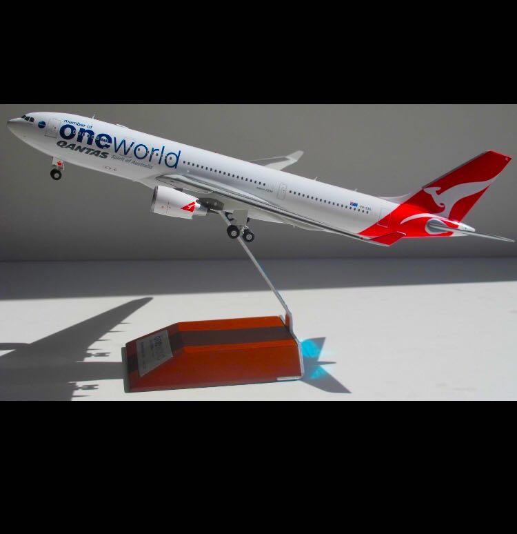 (JC WINGS) Qantas Airbus A330-200 ONEWORLD Livery