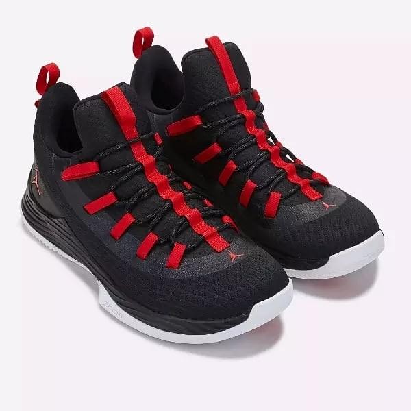 online retailer ec2c2 16938 Jordan ultra fly 2 flow sepatu basket nike, Men s Fashion, Men s Footwear  on Carousell
