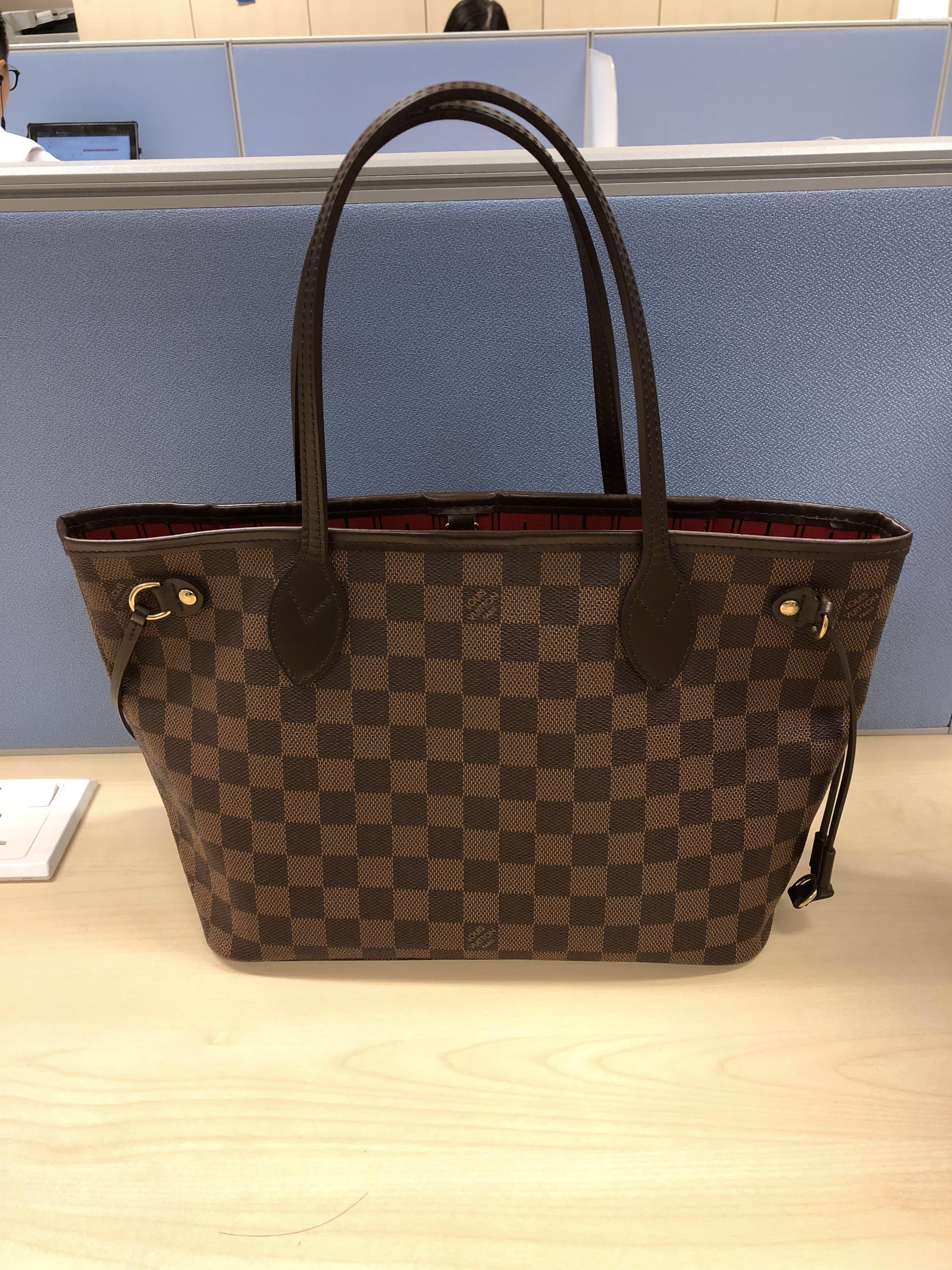 73c28a4e3673 Louis Vuitton Damier Neverfull PM Bag