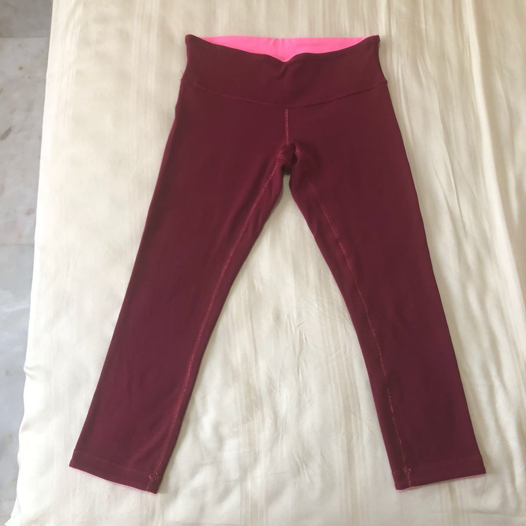 b690f4c8a6 Lululemon Wunder Under Crop (reversible) Size 6, Sports, Sports ...