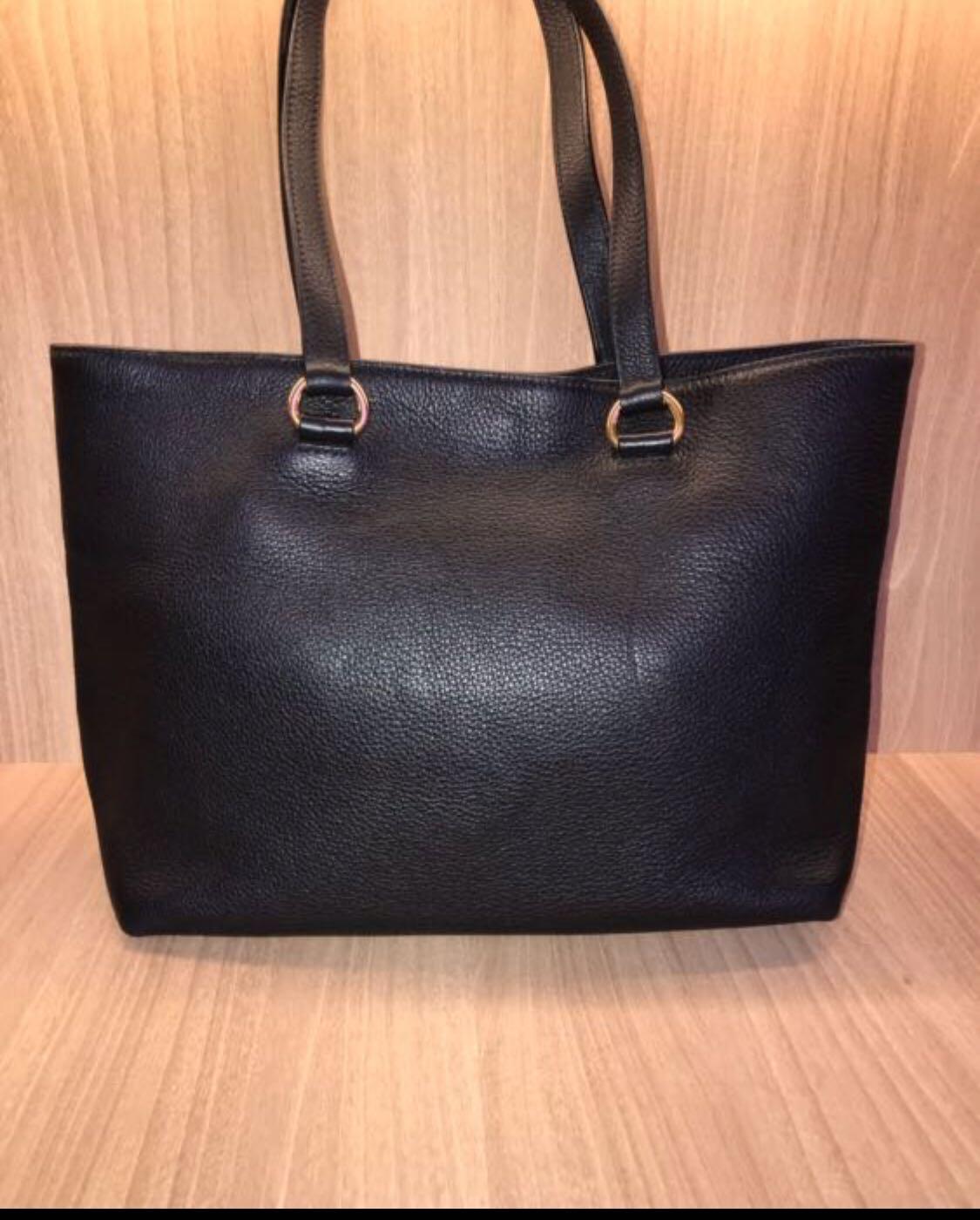 e482e577b040 ... greece prada black leather tote 2016 luxury bags wallets handbags on  carousell f58fe b1725
