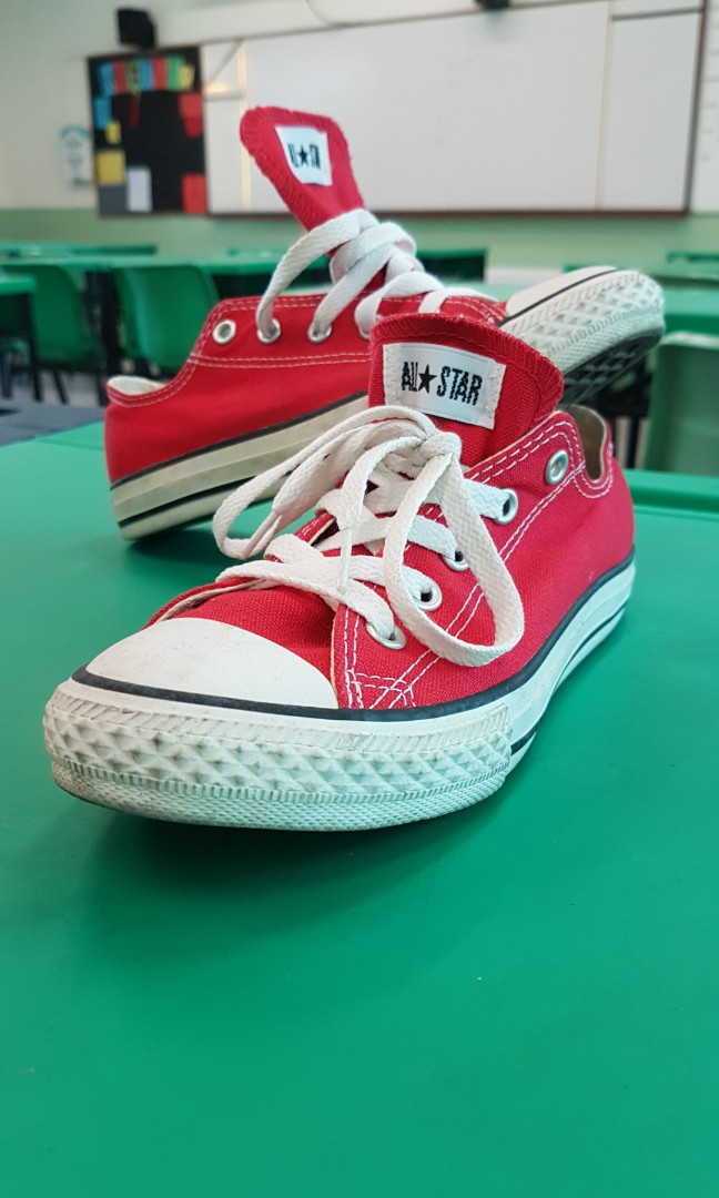 322d3c9d4a82 Youth Converse All Star Red Size US 2
