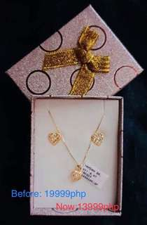 One set of necklace and earrings from Abu dhabi