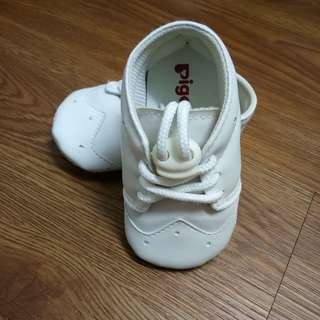 PRELOVED (BABY SHOES)
