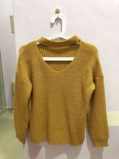 V-neck Choker Knitted Sweater