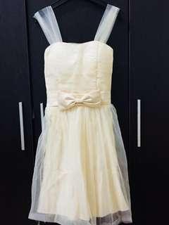 🚚 米黃色禮服洋裝