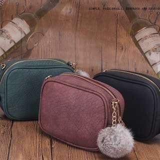 [Readystock] Sling Pompom Handbag