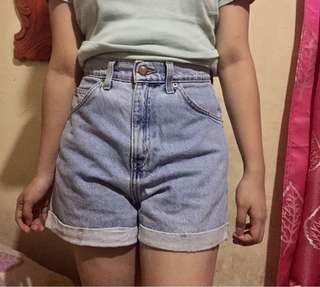 AUTHENTIC LEVIS LIGHT BLUE MOM CUFFED HIGHWAISTED SHORTS