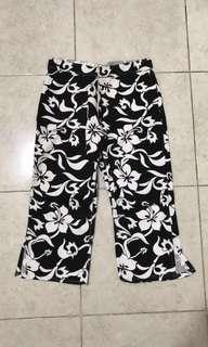 [preloved] celana bali monochrome