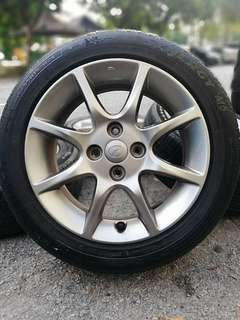 Original alza advance grey 15 inch tyre 70%. * jual mora mora kasi you*