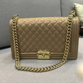 Chanel Boy Nude Patent New Medium 28cm Gold Hardware GHW