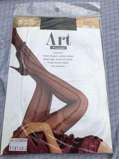 🚚 蒂巴蕾 ArT flower紫羅蘭圖騰彈性絲襪 台灣製造