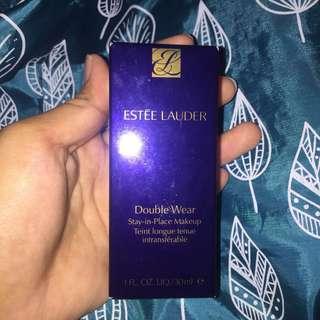 Foundation Estee Lauder