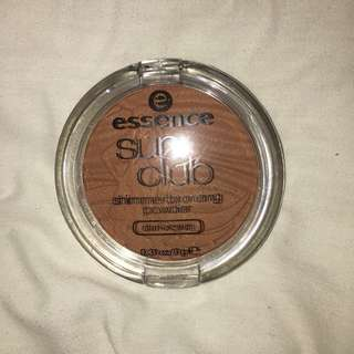 [Sale] Essence Sun Club Shimmer Bronzing Powder