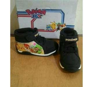 Sepatu pokemon