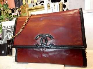 Vintage chanel黑配紅羊皮金鏈背帶chain bag手拿包 30x23x8cm
