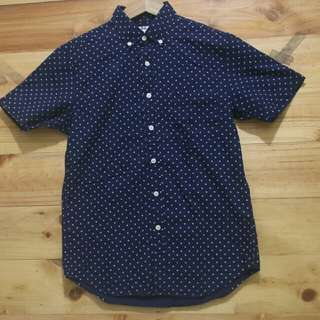 Uniqlo prints shortsleeve shirt original