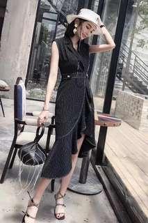 Balmain dress in blk or white