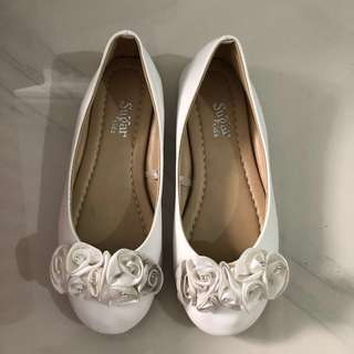 Sugar Spice white shoes for girls