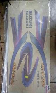 stripe SUZUKI RGV120