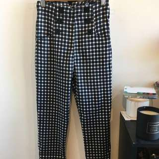 Highwaisted 50s style pants from Dangerfield