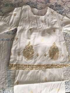 Baju kurung budak Saree