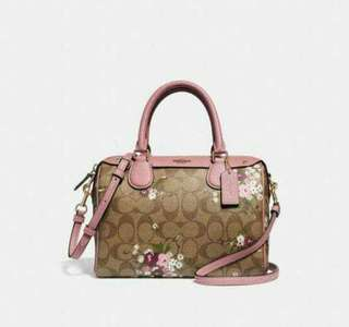 AUTHENTIC COACH BANNET  WITH FLORAL PARADISE NUDE COLOR
