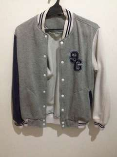Baseball jacket size L