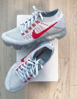 VaporMax Nike Pure Platinum University Red