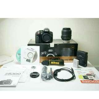 Nikon D5300 (Body+Lens/相機機身+鏡頭)