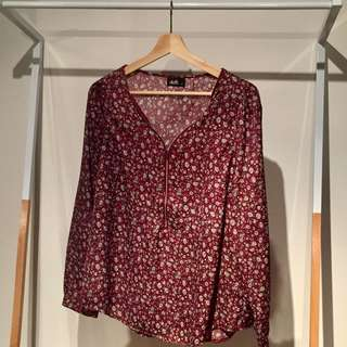 Dotti Long Sleeved Floral Print Top in Wine / Burgundy
