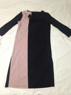 Giordano Ladies Cowl Color Blocking Dress