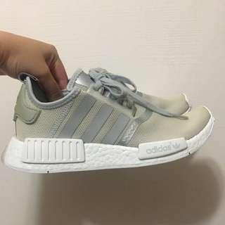 Adidas 銀灰色 nmd