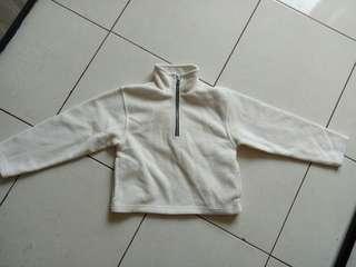 jaket putih tebal