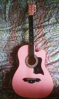 Acoustic Guitar w/ Alice brand pick