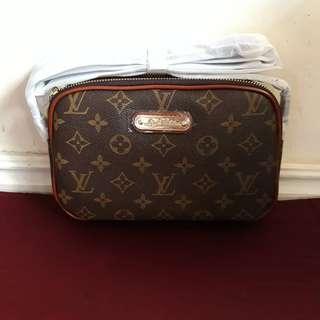 Onhand LV sling bag