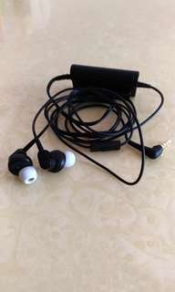 Audio Technica ATH-ANC33iS Noise Cancelling