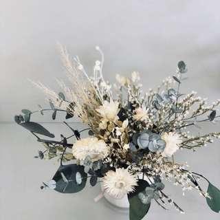 Preserved flower arrangements (Everlasting)