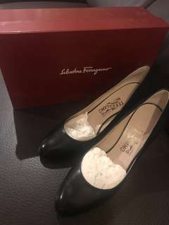 100% New Ferragamo Black Leather High Heels (Size 38.5)