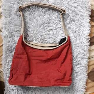 FREEBIE!! GET 1 item on my listing to Get This bag 💕