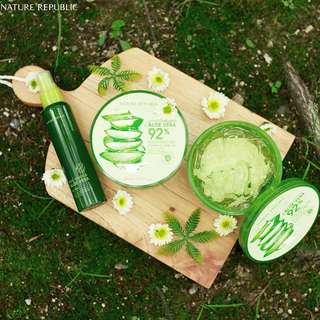 NATURE REPUBLIC ALOE VERA 92% SOOTING GEL