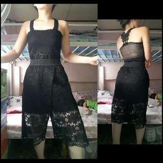 Black lace jumpsuit terno
