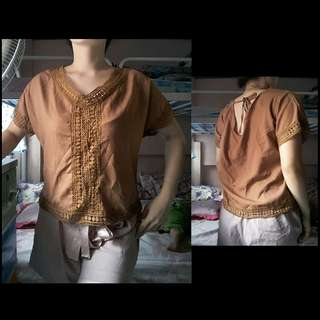 Brown lace loose top