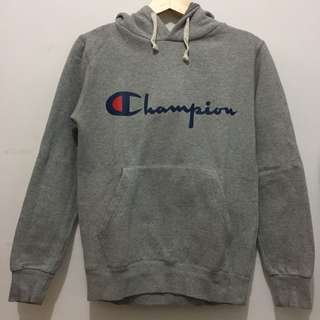 Champion Hoodie in Grey