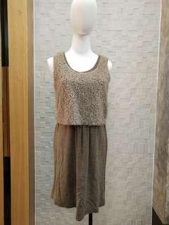 假兩件式毛料洋裝