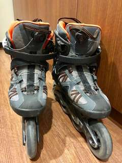 Adult size rollerblades
