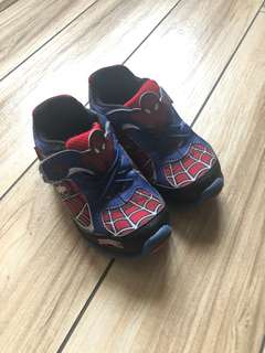 Stride Rite Spider-Man walking shoes with lights