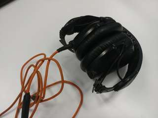 V-Moda M-100 headphones